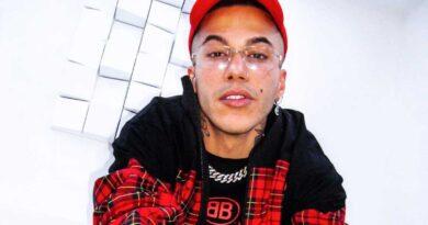 Rapper senza autotune con Sfera in copertina