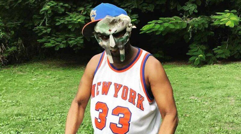 immagine: si è spento il leggendario rapper mascherato MF Doom