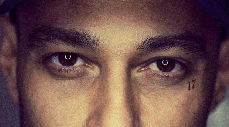 Immagine: gli occhi delle canzoni di Fabri Fibra
